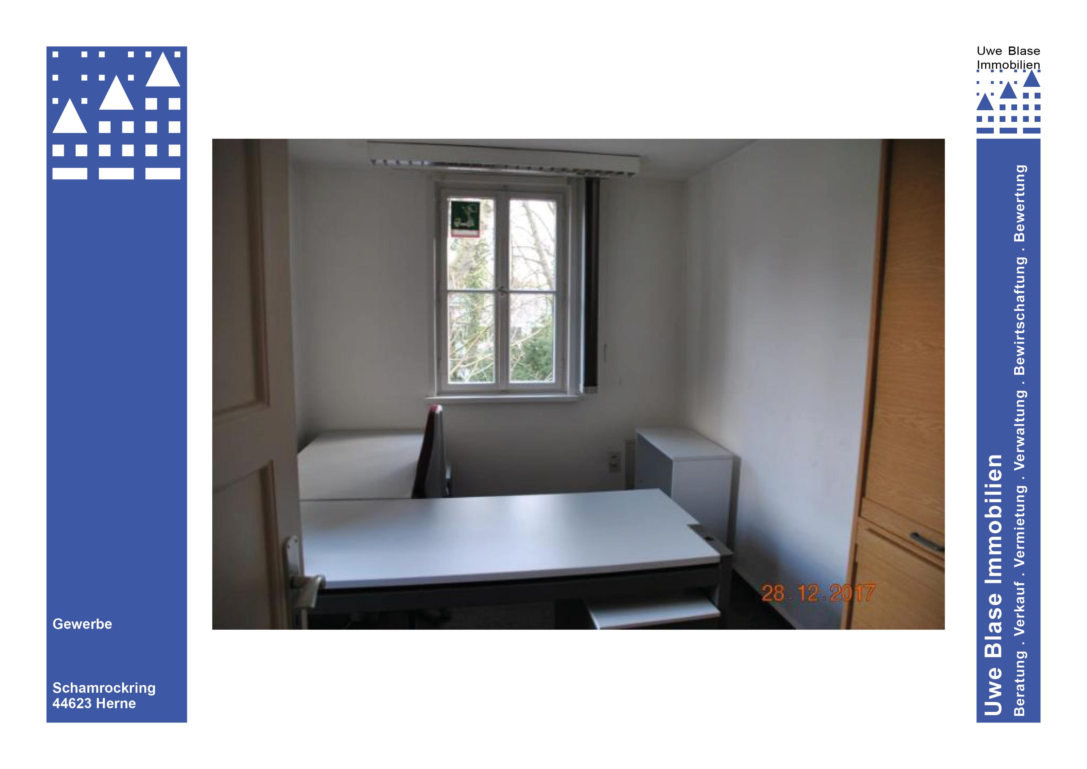 Haus 10: Büroflächen mit Lagerräumen im Keller
