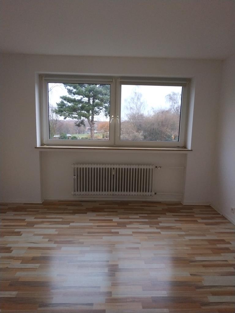gut angebundene 2 Zimmer-Wohnung mit Garage
