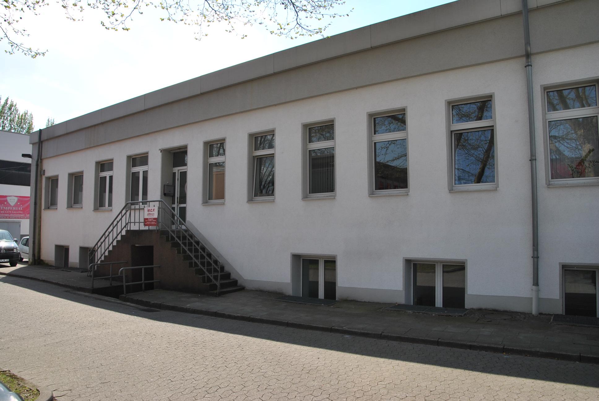 Büroeinheit mit ca. 190 m² Nfl., Sozialräumen und Lagermöglichkeiten