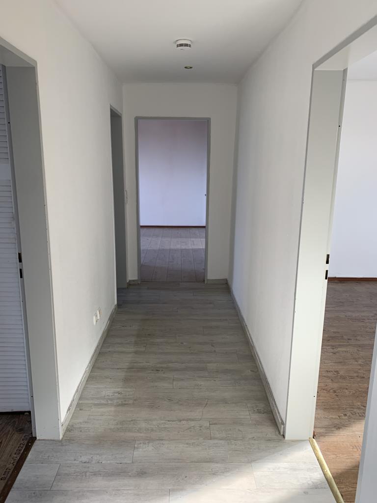 schöne lichtdurchflutete 3-Raum Wohnung mit 79 m²