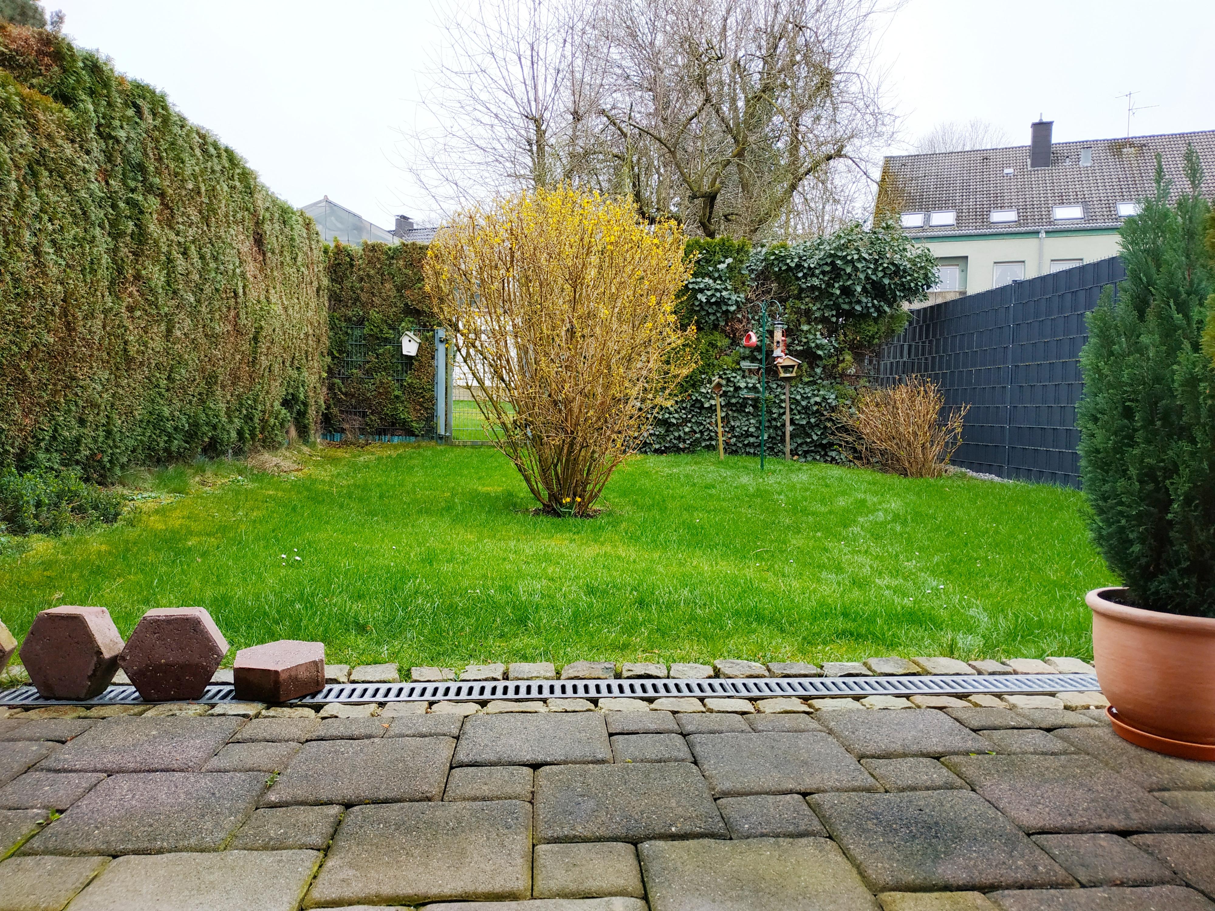 64 m² in ruhiger Lage mit Garten und Stellplatz!