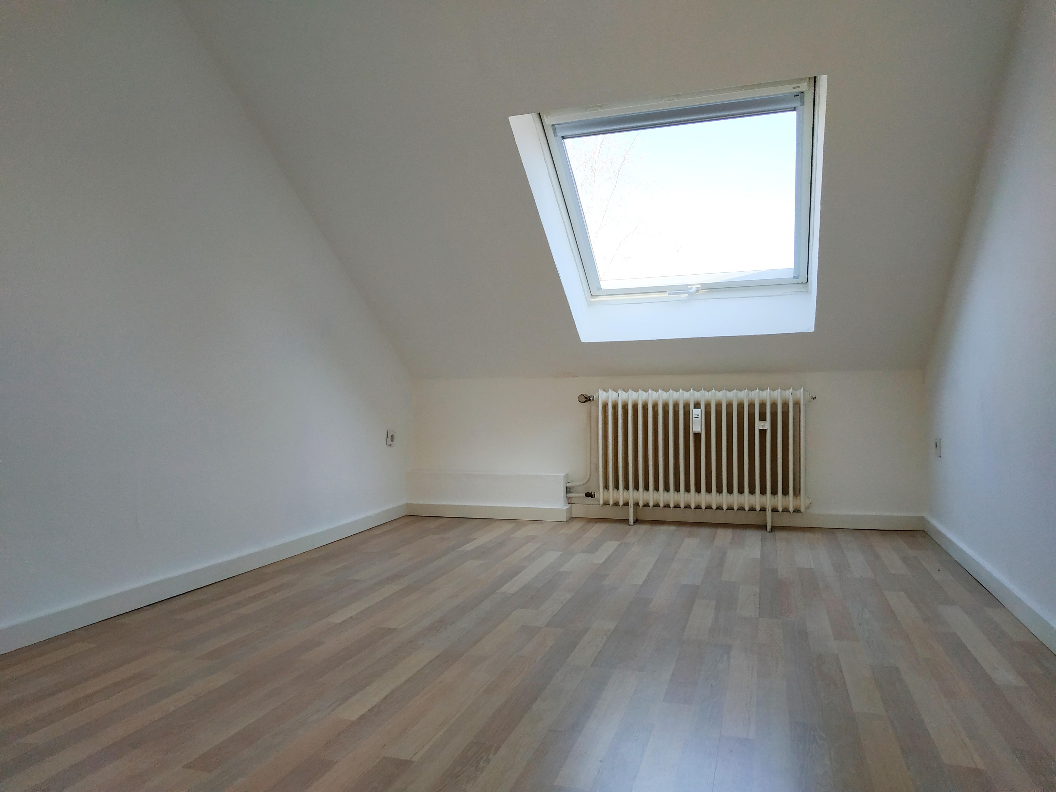Sehr schöne 3 Zimmer Wohnung in ruhiger Lage