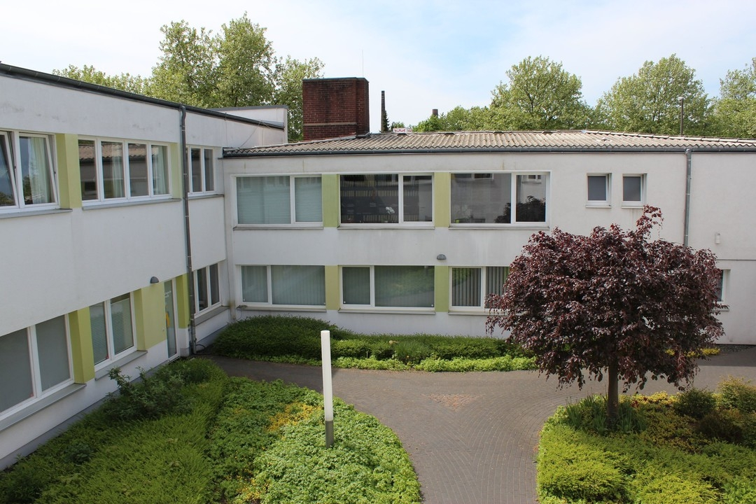 Gepflegte Büro- oder Praxiseinheit in guter Lage von Bad Godesberg-Mehlem.