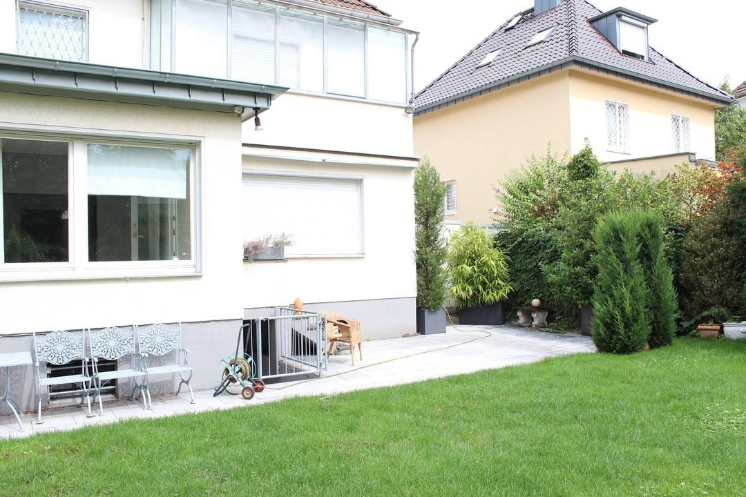 Freistehendes Familiendomiziel im Godesberger Villenviertel!