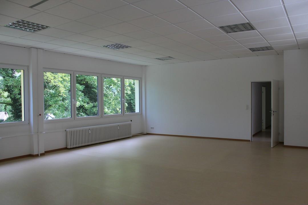 Gepflegte Büro- oder Praxiseinheit in guter Lage von Bad Godesberg-Mehlem!