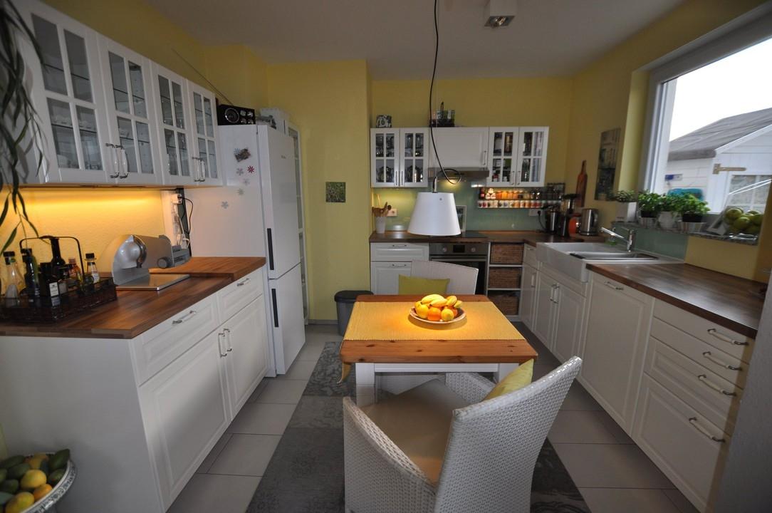 Neuwertige  3 Zimmer Penthouse Wohnung mit traumhaftem Ausblick über Bonn!