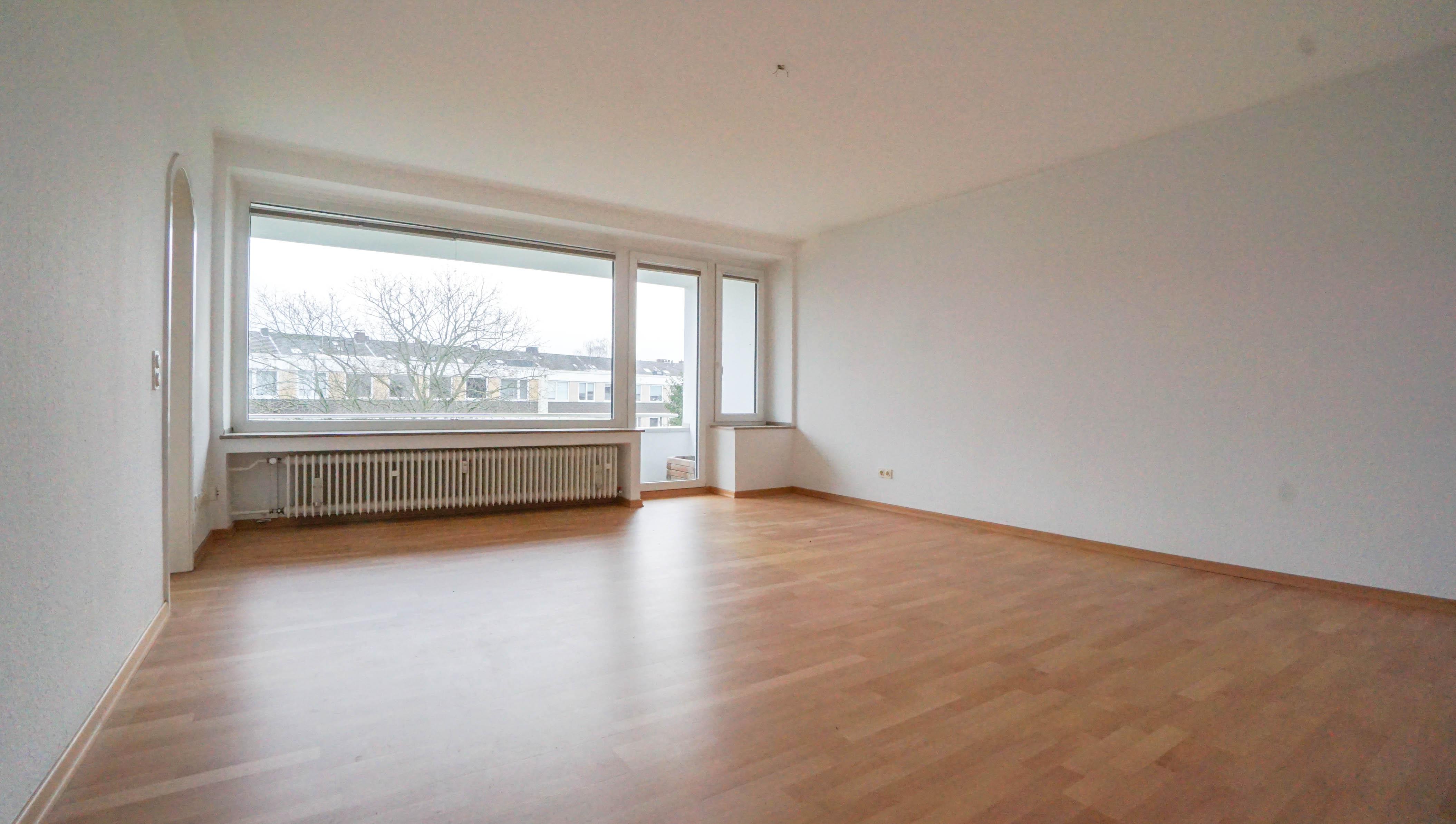 Lichtdurchflutete 3-Zimmer-Wohnung mit Balkon in Düsseldorf-Oberkassel
