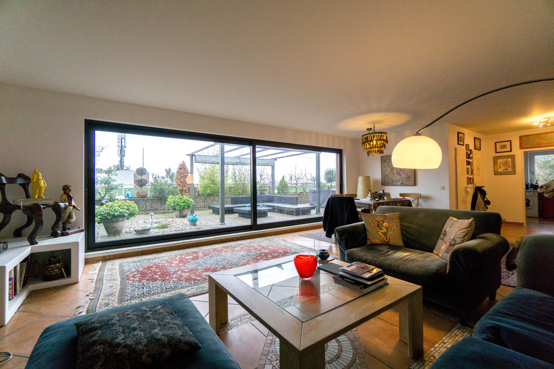 3-Zimmer im Dachgeschoss mit imposanter Terrasse am Schulberg