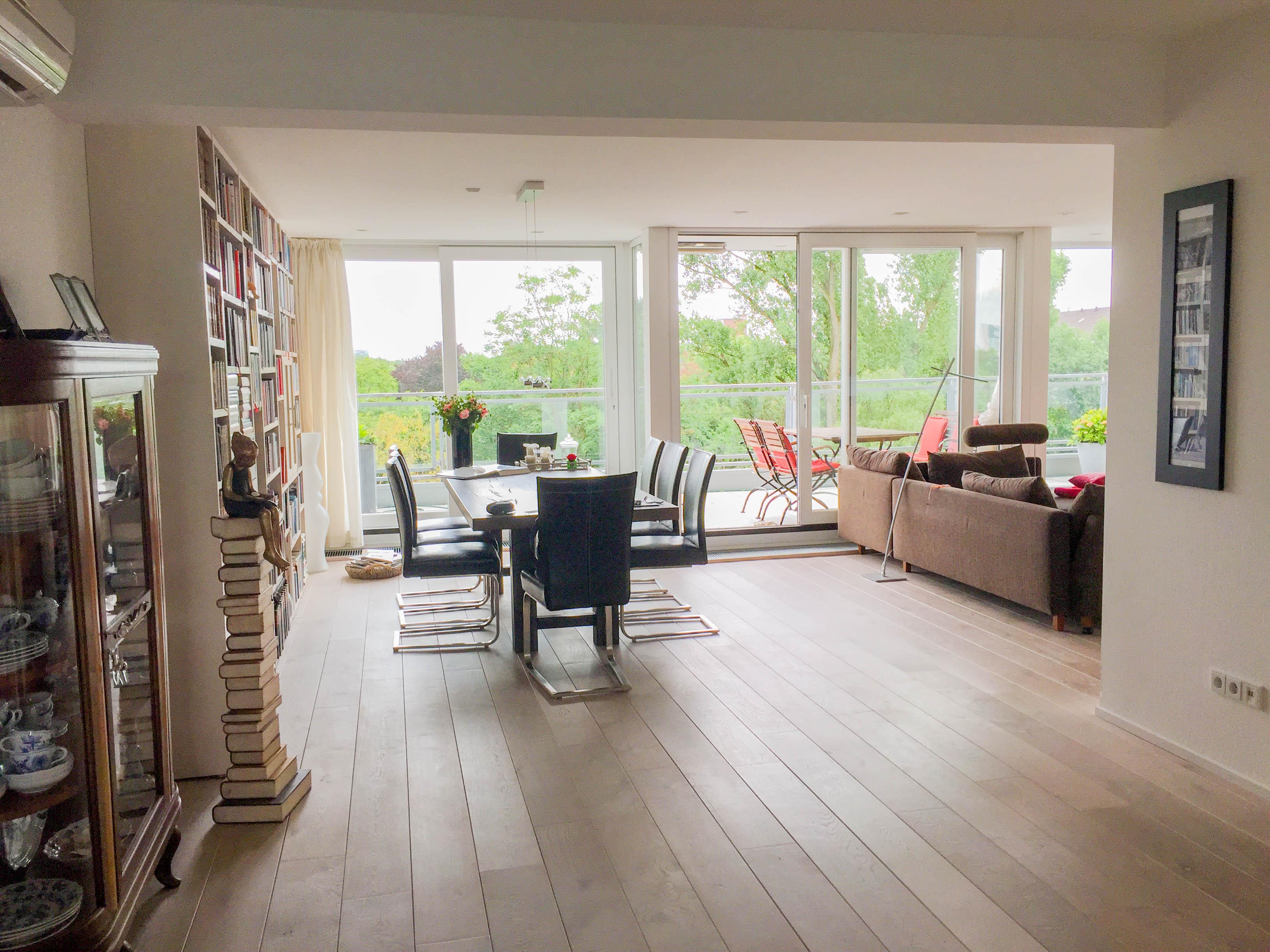 Düsseldorf- Zooviertel Top- gepflegte 4-Zimmer-Wohnung mit Terrasse