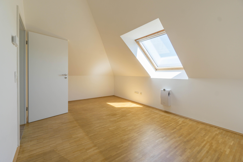 4-Zimmer-Maisonettewohnung im Dachgeschoss mit gehobener Ausstattung in ruhiger Lage