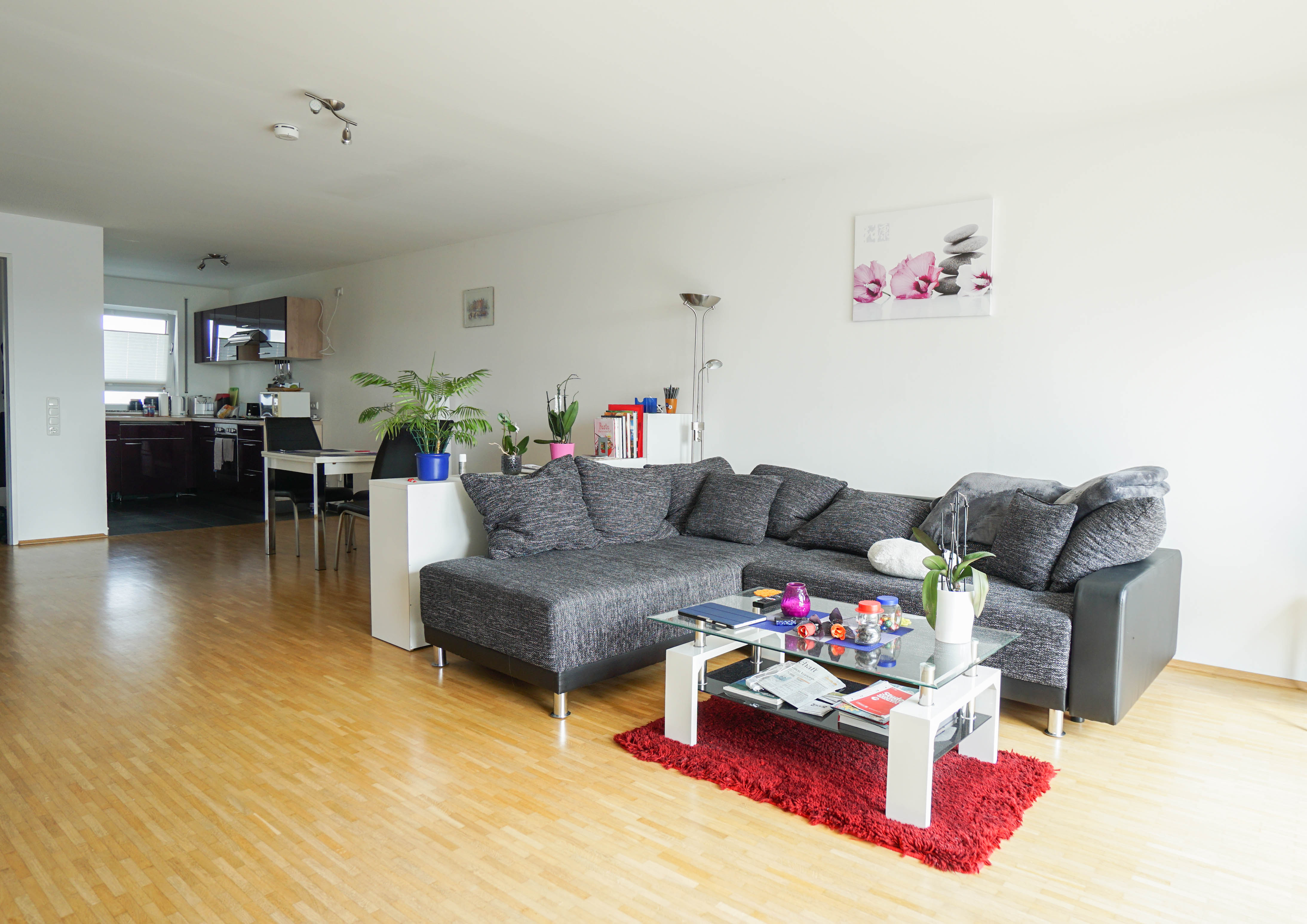 Wohnen am Rheinbogen - Lichtdurchflutete 3-Zimmer-Wohnung mit Balkon
