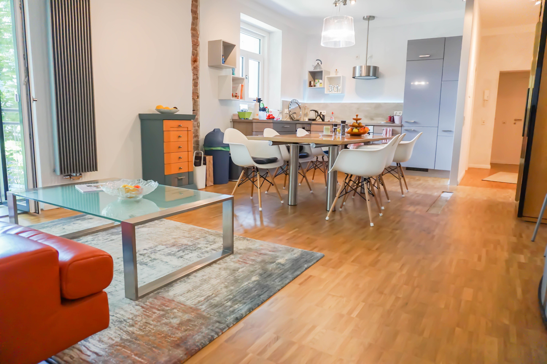 MUST-HAVE für Individualisten: 200 m² LOFT zzgl. 2 Whg./Einfamilienhaus mit weitläufigem Grundstück