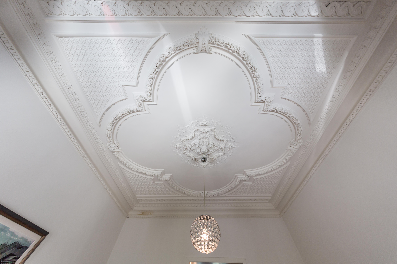 D´dorf-Unterbilk - Wunderschöne Altbauwohnung mit hohen Decken, herrlichen Stuck und Terrasse