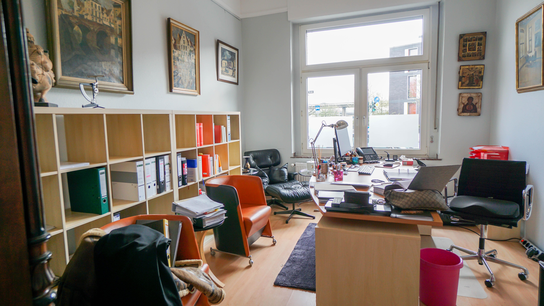Schöne Bürofläche über 2 Etagen in direkter Rheinnähe