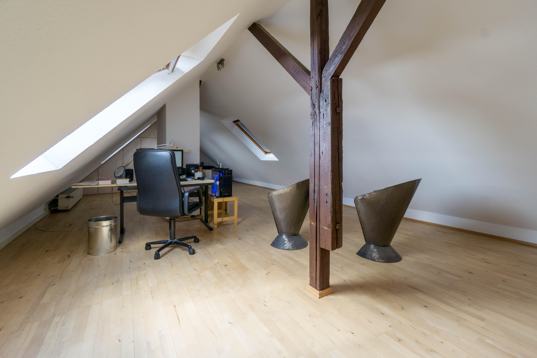 Dachgeschoss in Unterbilk: Außergewöhnliches Wohnen im individuellen Bezirk