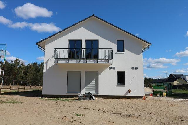 ERSTBEZUG wunderschöne moderne 3-RWE mit Balkon in ruhiger & grüner Lage