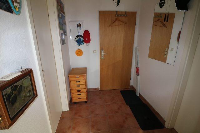 kleine 1-Raumwohnung mit Einbauküche und PKW-Stellplatz