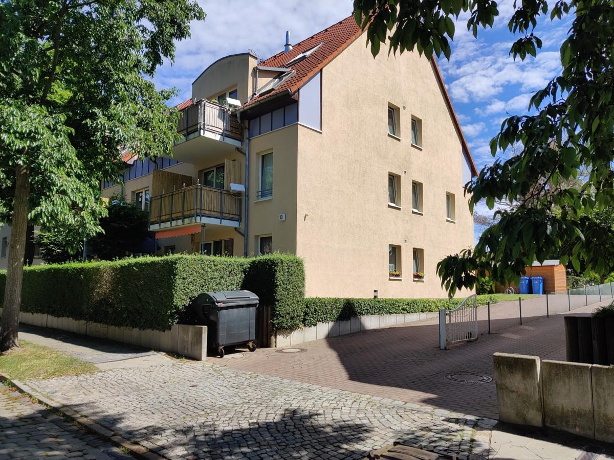 AB SOFORT | Vermietete 3 Raumwohnung mit Balkon und 2 Stellplätzen zentrumsnah in Bernau