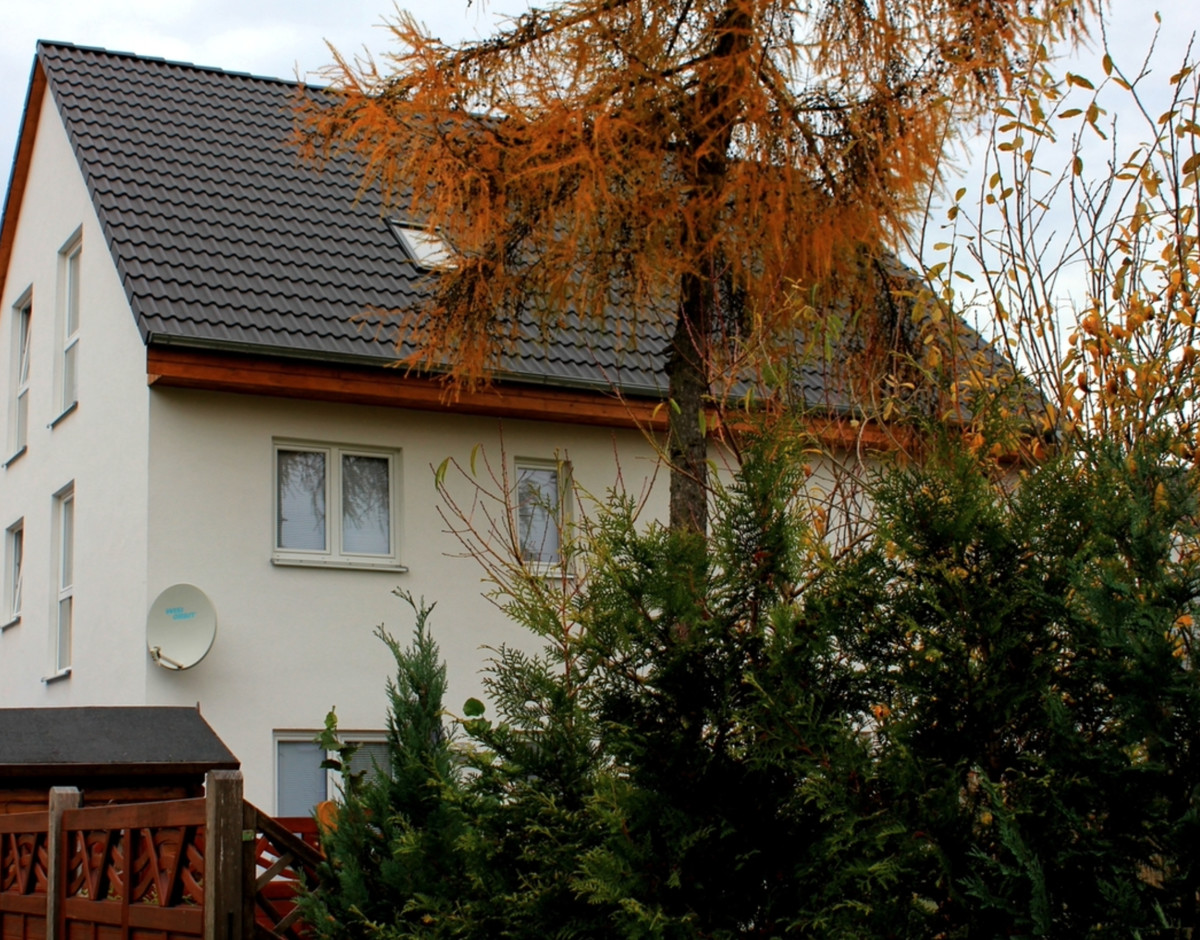 AB MAI 2021|Große Doppelhaushälfte mit kleinem Garten in Französisch Buchholz zu vermieten
