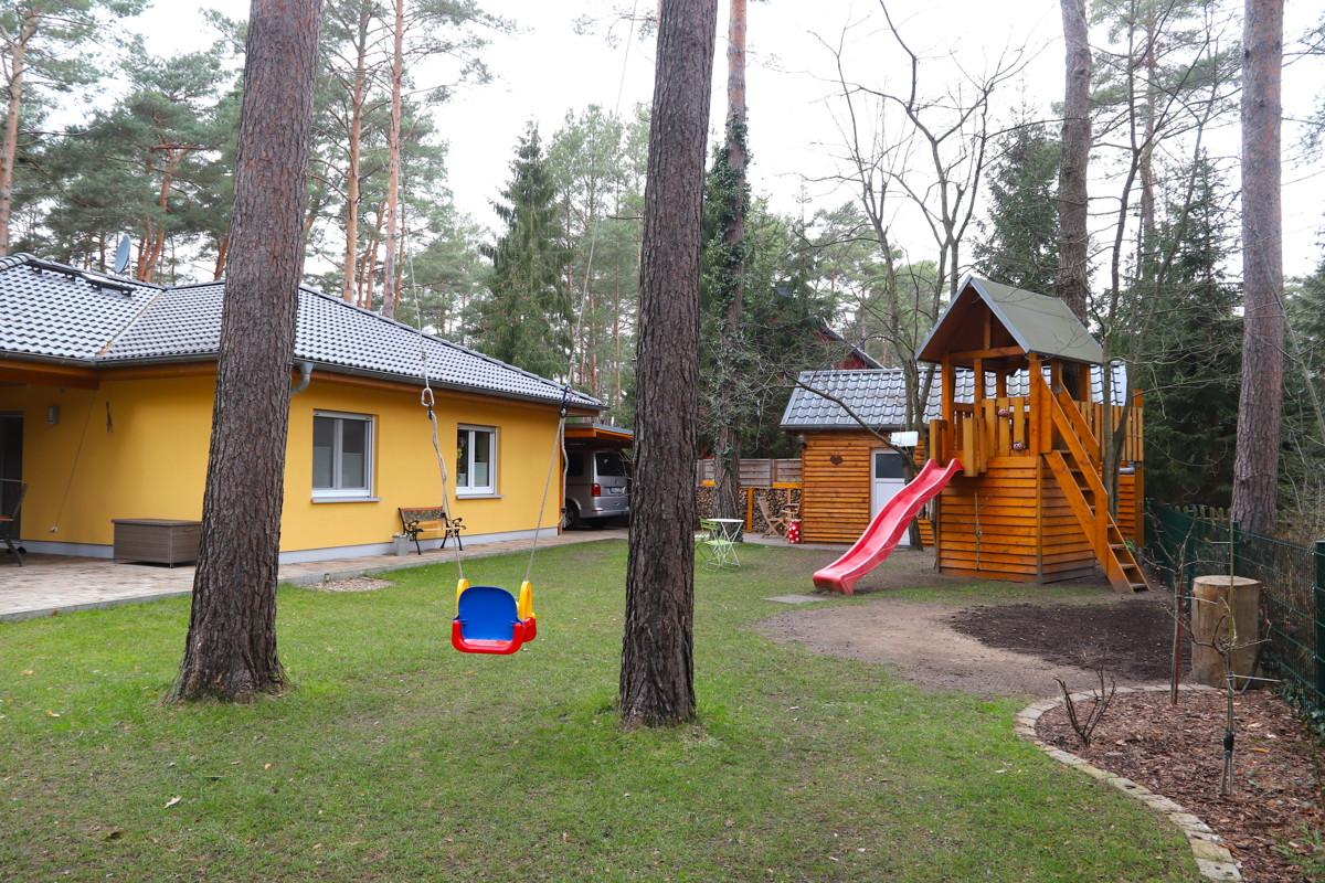 PROVISIONSFREI | Gepflegter Winkelbungalow mit 3 Zimmern, Carport am Waldrand in Wandlitz-Basdorf
