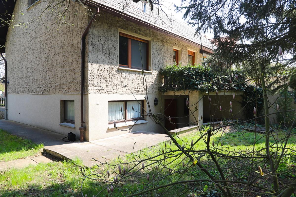 AUF GROßEM GRUNDSTÜCK | Gepflegtes Einfamilienhaus mit Vollkeller, Garage und Ausbaureserve