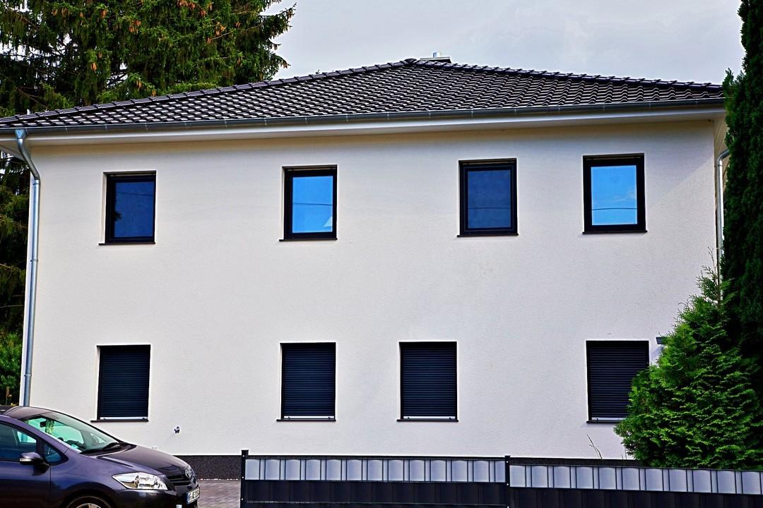 RESERVIERT  Neubau-Doppelhaushälfte auf Hinterliegergrundstück
