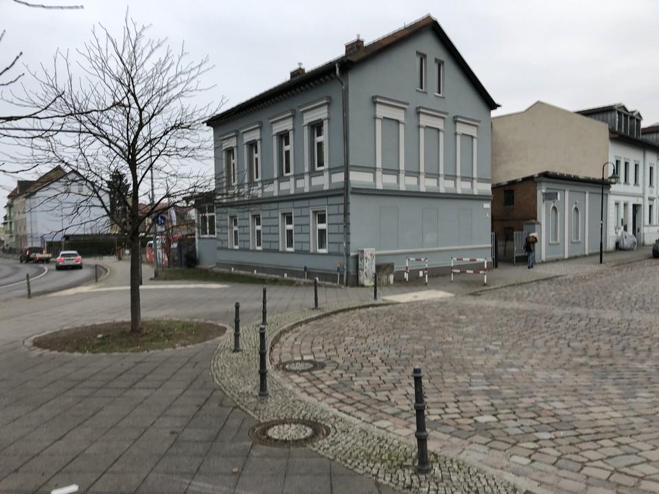 PROVISIONSFREI  Wohnhaus mit Ausbaureserve im Zentrum von Bernau