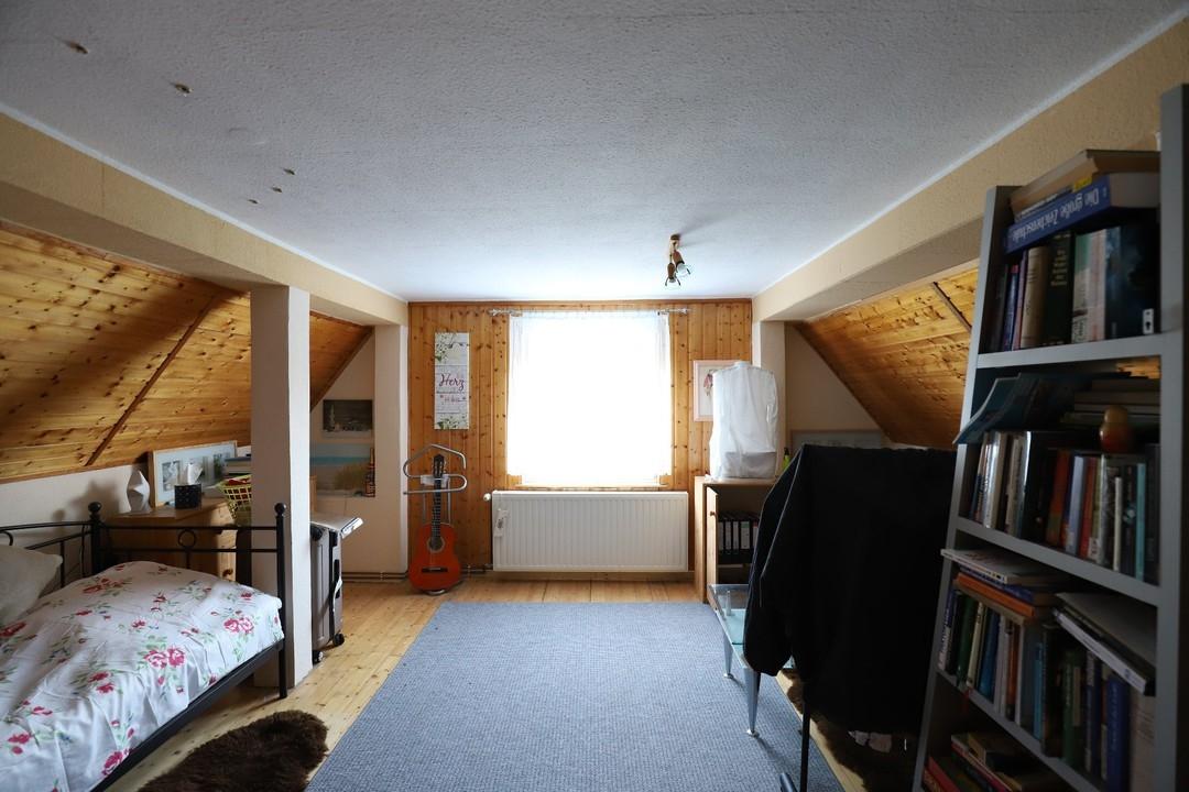 PROVISIONSFREI | Einfamilienhaus mit Carport und Nebengelass auf großem Grundstück in Panketal