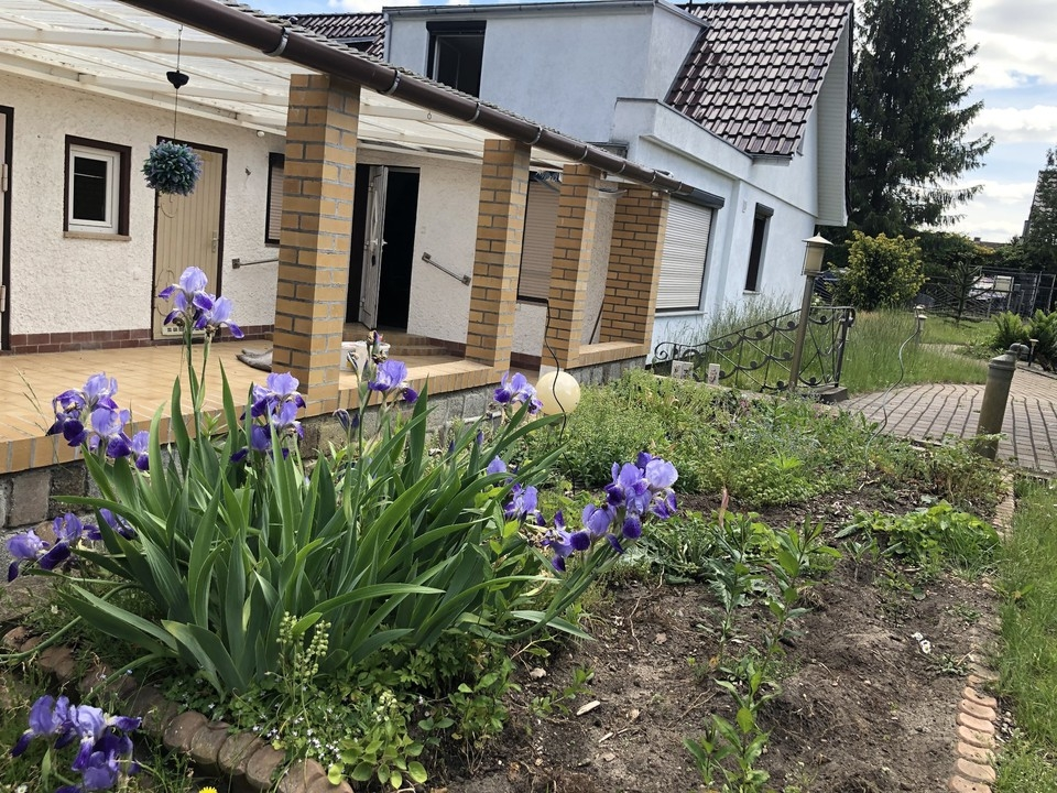 PROVISIONSFREI   Doppelhaushälfte in idyllischer Lage am Waldrand