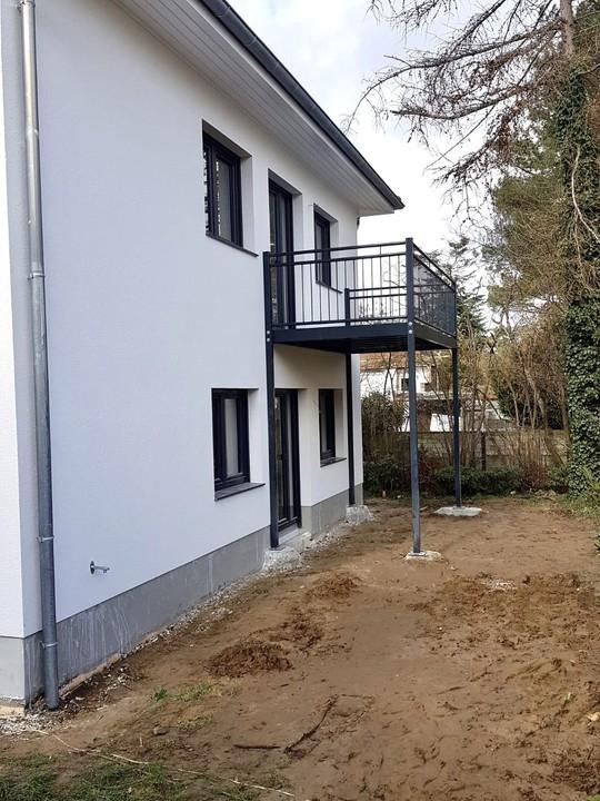 BEZUGSFREI zum 01. März 2020 |3-Raum mit Balkon, FBH, EBK und Stellplatz