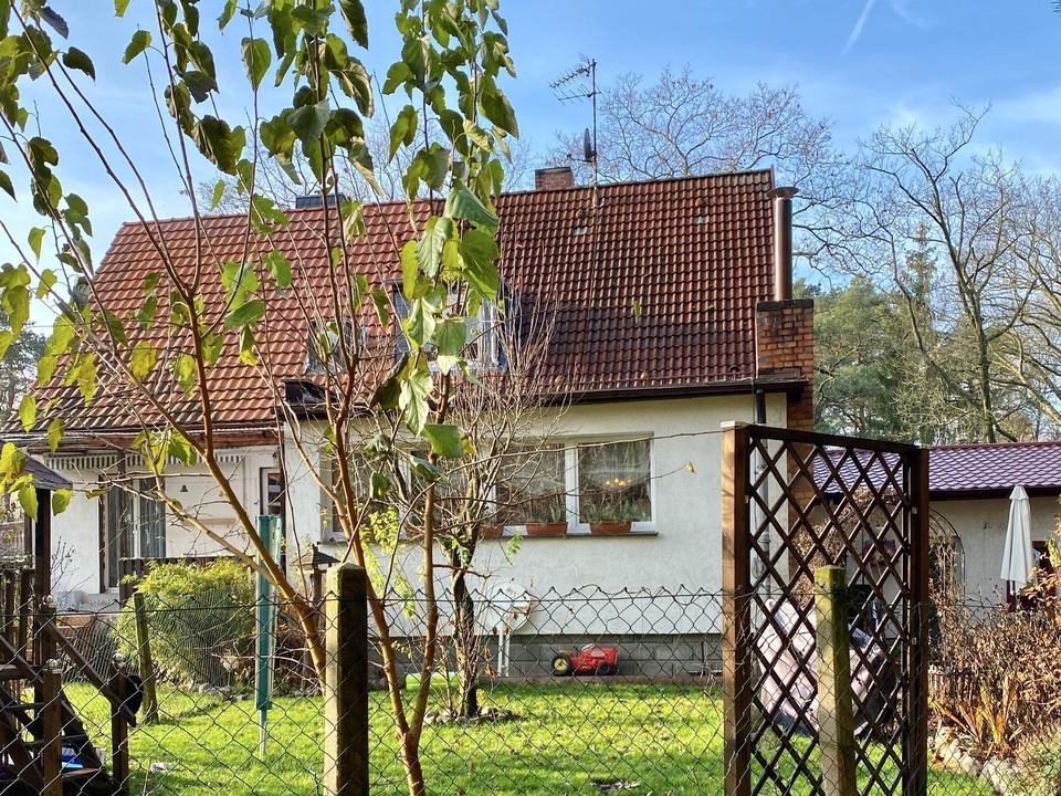 RESERVIERT   Doppelhaushälfte im Grünen